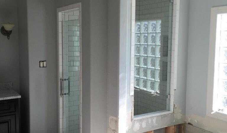 Single Shower Door With Window Overlook 1