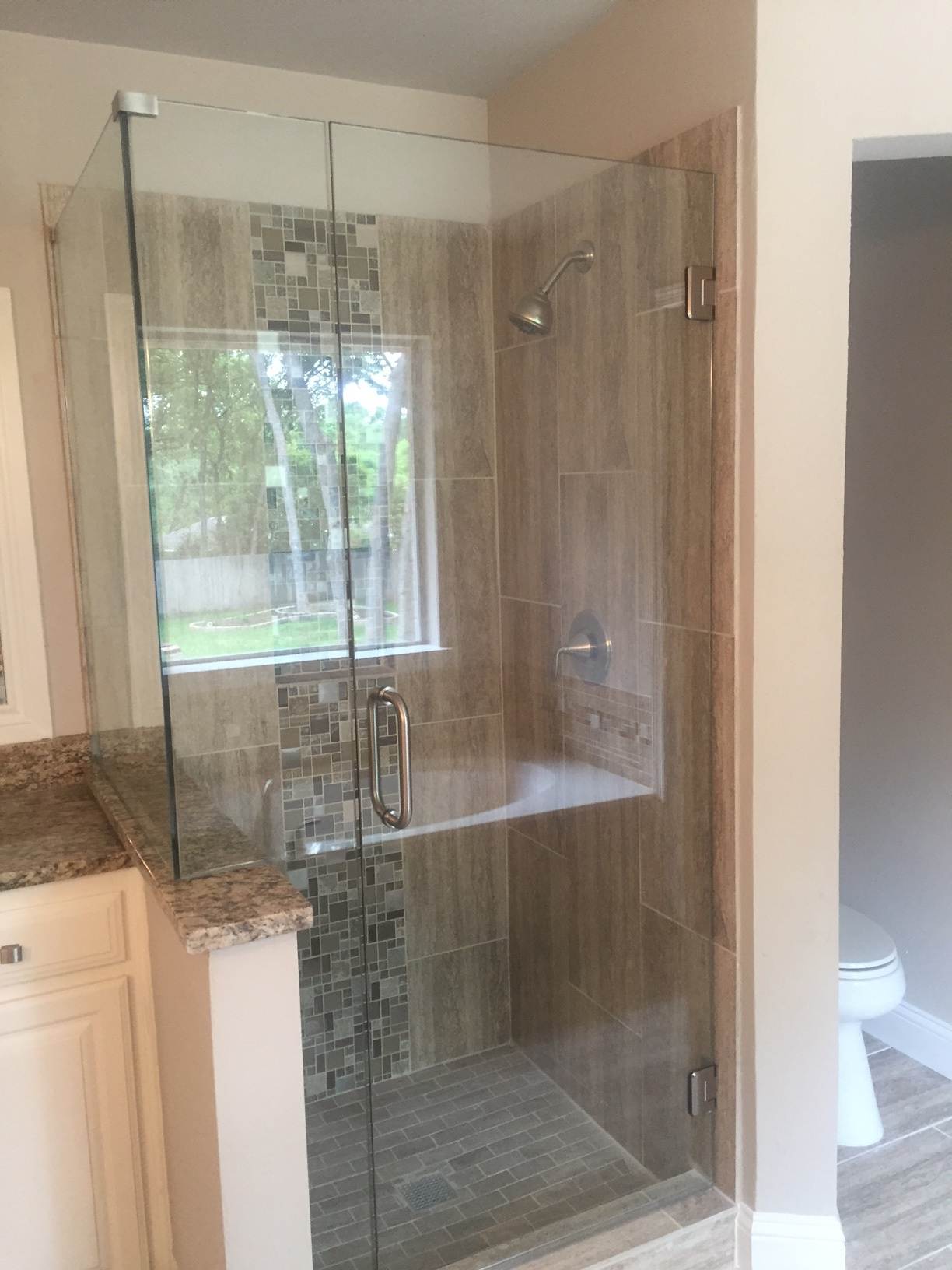 Seamless Shower with Brush Nickel Frameless glass