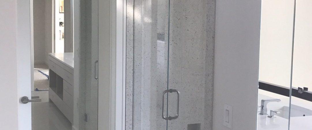 Doorway frameless shower